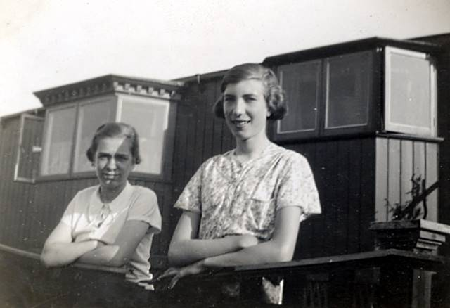 Eva Unwin and Hilda Dible on holiday in Ribblesdale(Abt 1936)